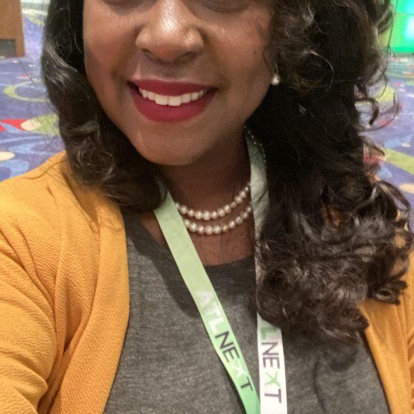 Kendra Nix networking selfie