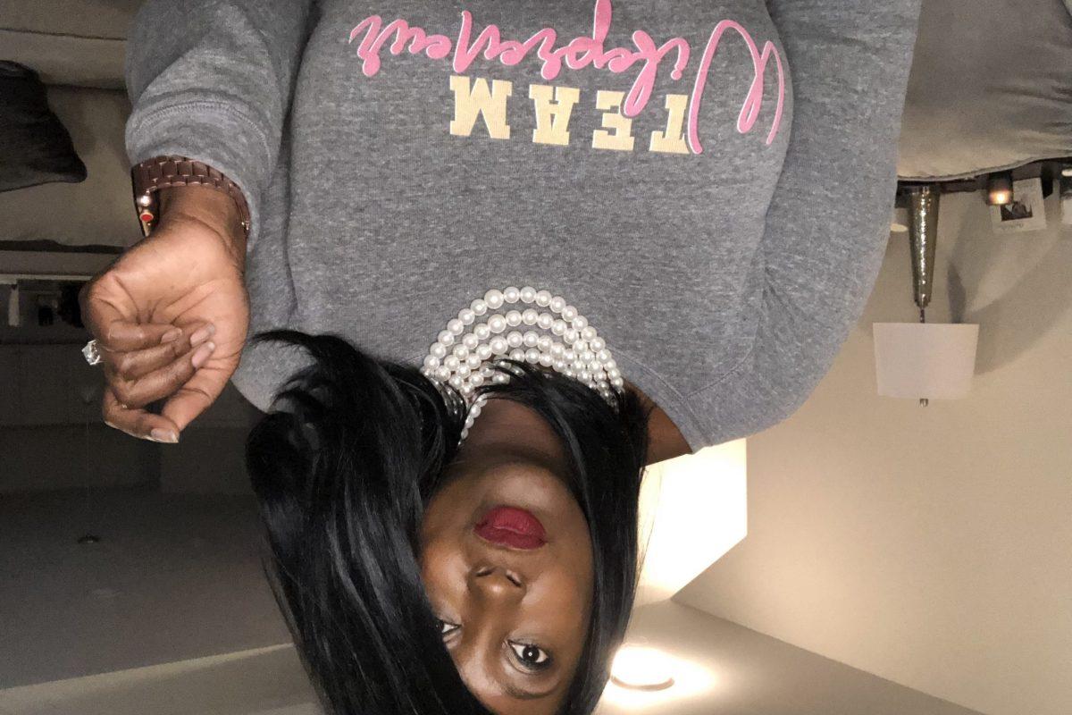 Kendra Nix upside down photo